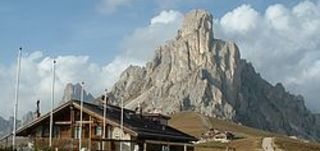 Tour to the eastern Dolomites including Passo Cibiana
